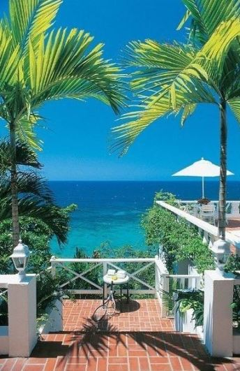 Smaragdgrönt hav. Foto: Villas Jamaica